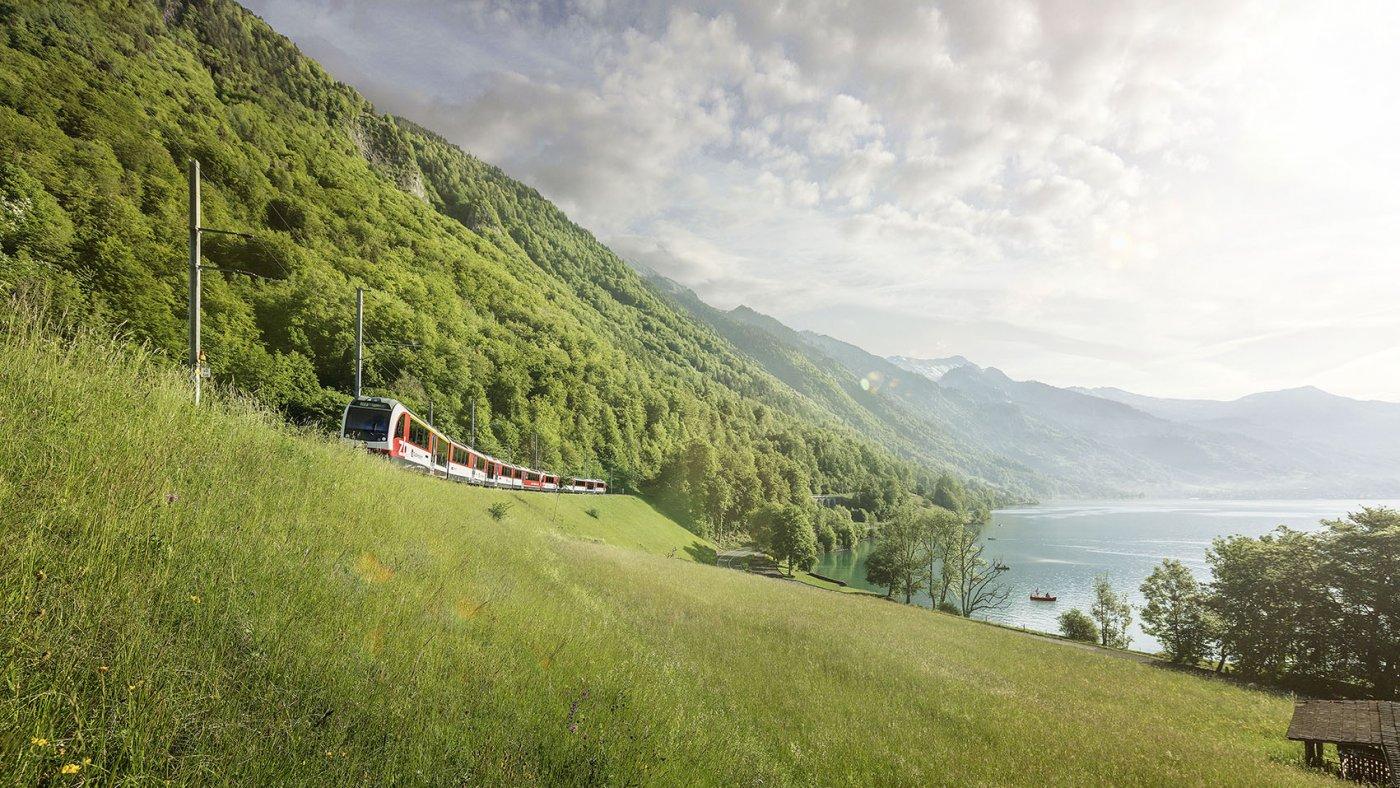 Luzern-Interlaken Express Brienzersee